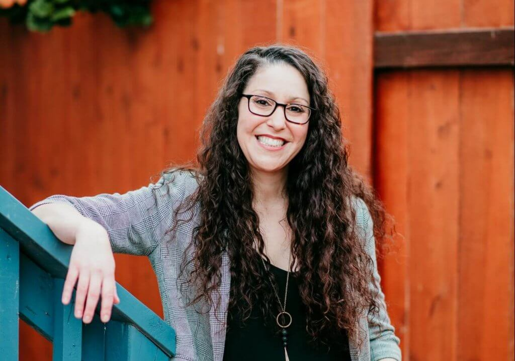 Vertical 2020-06-06 Melissa Eisler Branding-125